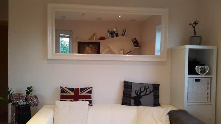 Modern Top Floor Apartment in Uppingham