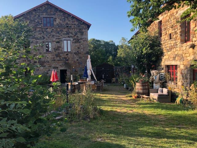 Haute-Loire; Gite in oude 16e eeuwse boerderij