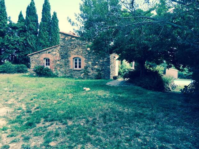 Secluded Pyrenees Oasis Getaway - Montauriol - Pis