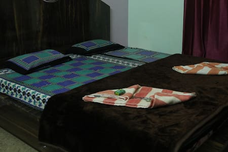 Deluxe Twin Bed With Balcony