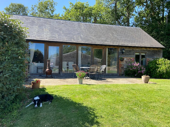 Calf Shed, fully accessible farm cottage with pool