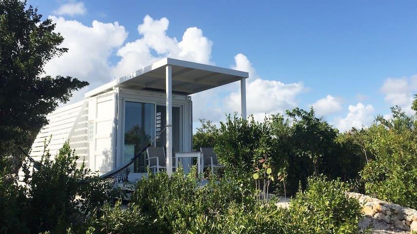 Unique, Modern Seaview Studio,5mins to attractions