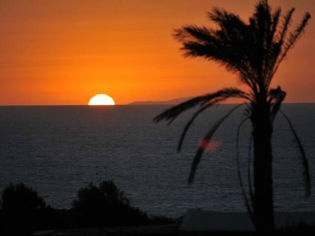 Dammuso Pantesco Indimenticabile quiete e tramonti