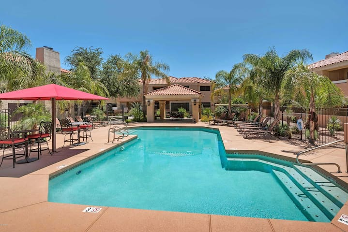 Scottsdale Condo in Fantastic Location