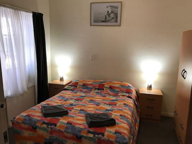 Hello Adelaide Motel + Apt - spacious one bedroom. - Frewville - Flat