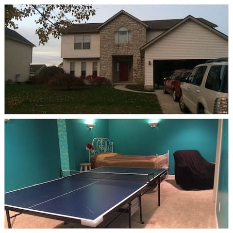 Luxurious suite w/ping pong table! - Plain City - Casa