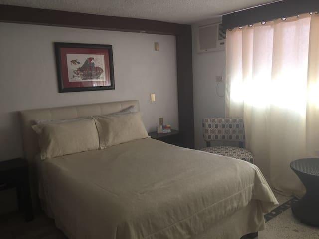 Habitación en Hotel!! Desayuno incluido