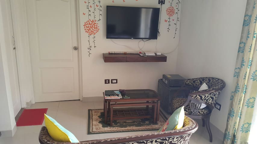 Cosy furnished 1Bhk pool&parking - Benaulim - Byt