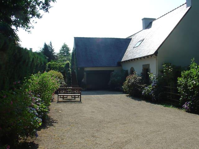 Gite au calme pres de DINAN - Le Hinglé - Hus