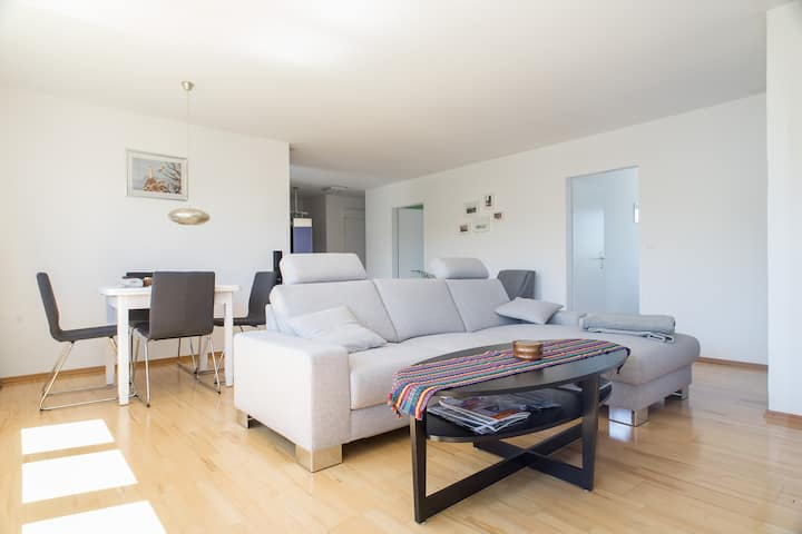 Modernes Apartment am Bodensee