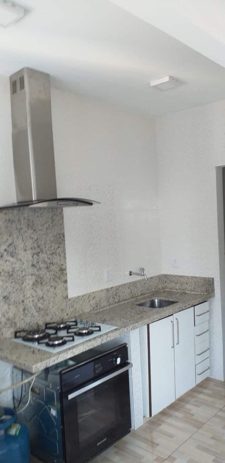 Casa / Apartamento para até 5 pessoas nos Ingleses