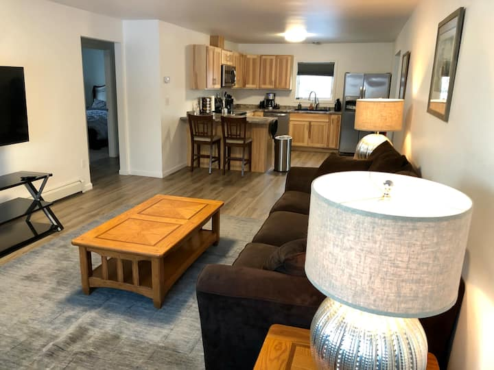 Remodeled house w/garage; quiet suburb, in-town