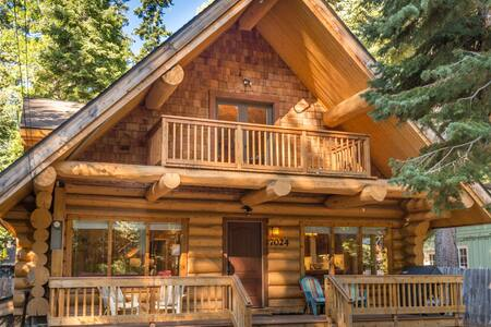 Tahoma 4BR3Ba Log Cabin 2 story