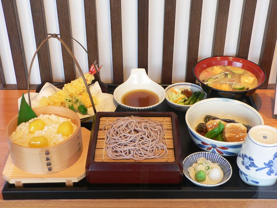 Lunch at Senseki-tei in Obuse