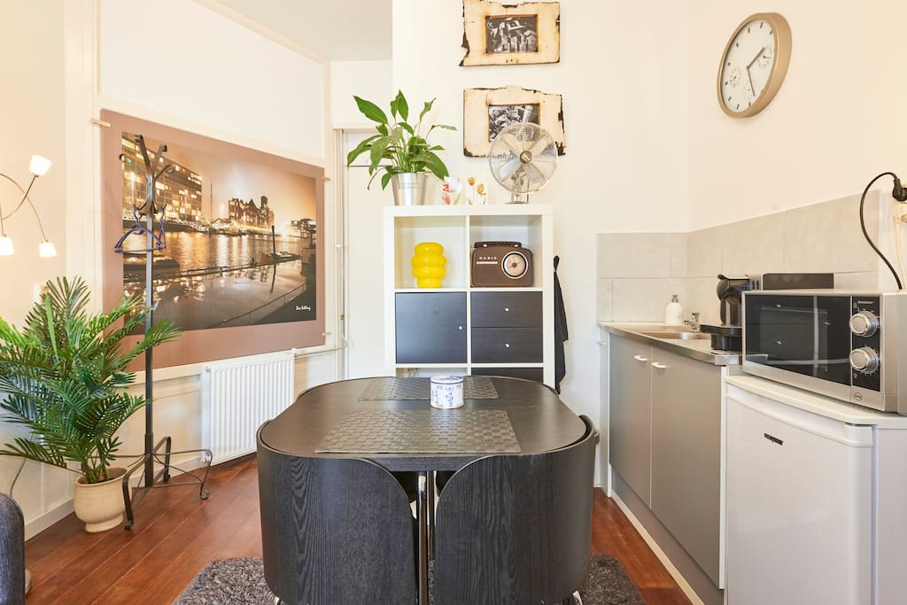 Your Cosy  Dining Table