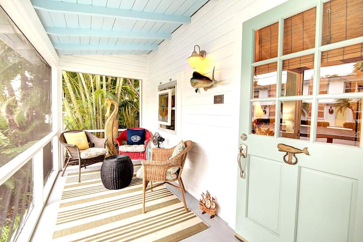 Tropical historic Beach Cottage