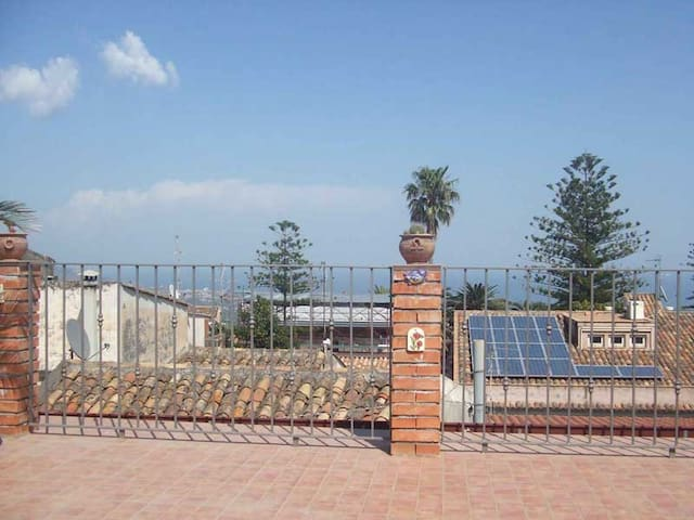 Vacanze in Sicilia Vicino Taormina - Piedimonte Etneo - Huoneisto
