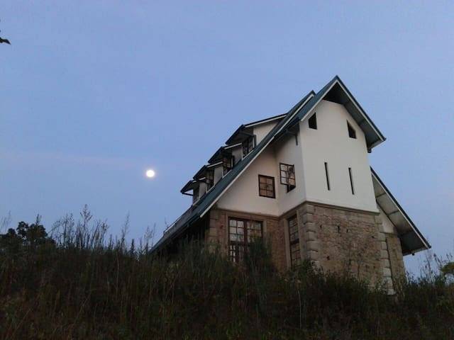 Villa Eliza