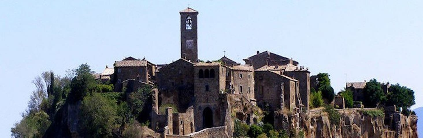 Civita di Bagnoregio - Italia - Houses for Rent in Bagnoregio ...