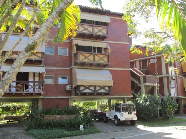 Lovely brick building in a seaside condo - Angra dos Reis - Apto. en complejo residencial