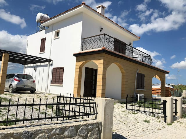 Perfect villa with private swimming pool Iskele