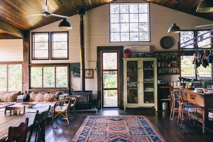 Bellingen Farm House: WeilHouse Living
