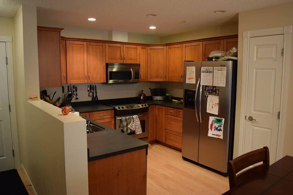 Open concept layout - Kitchen