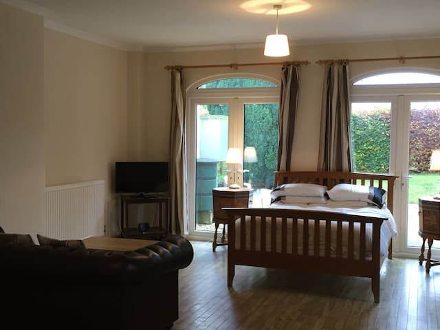 Highwaymans Studio Apartment - Bury Saint Edmunds - Wohnung