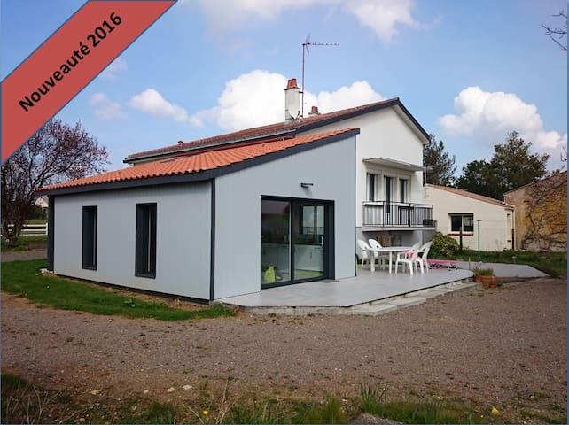 Maison à 12 mn de la plage,proche marais poitevin - Saint-Benoist-sur-Mer - House