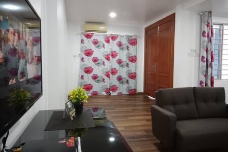 S&L Homestay -Full House
