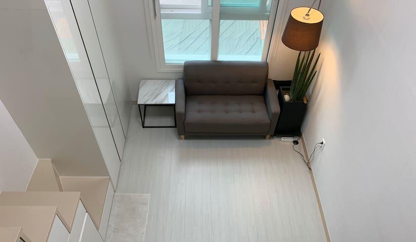 Studio type apartment near Hong-Dae