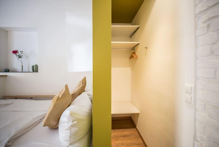 Traumberg Flats Comfort Studio in trendy Kreuzberg