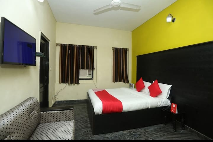 Homestyle Hotel Gaurav Boarding House