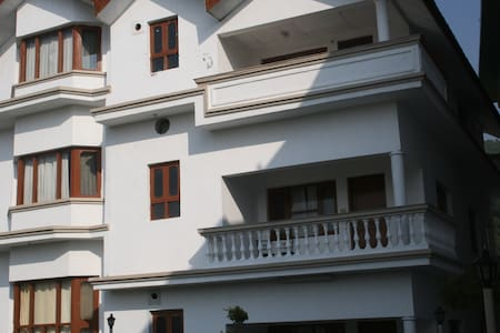 The Coy's Single Bedroom Apartment - Palampur