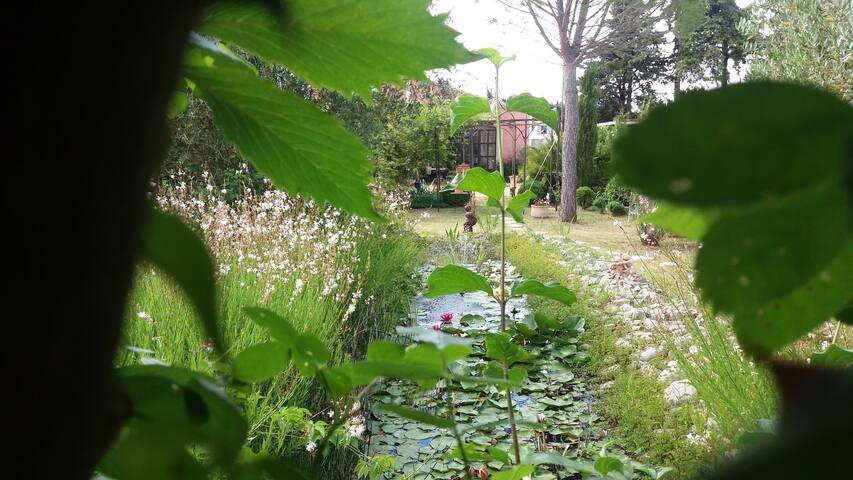Quiet et sympa, jardin bucolique - Cheval-Blanc - Casa