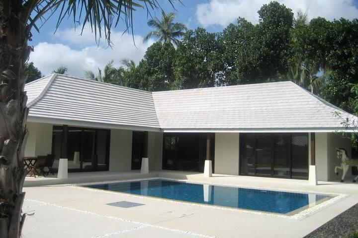 Villa avec piscine Namuang
