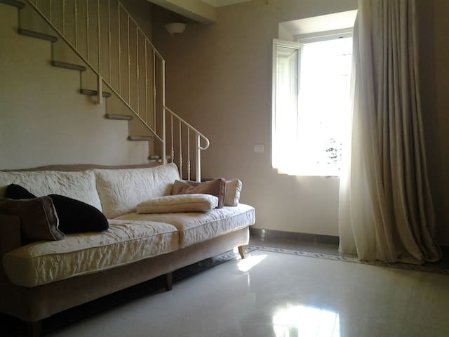 Beautiful flat in historic villa - Serravalle Pistoiese - Daire