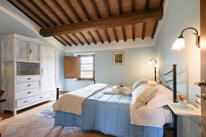 Farm stay in Tuscan Nature Reserve