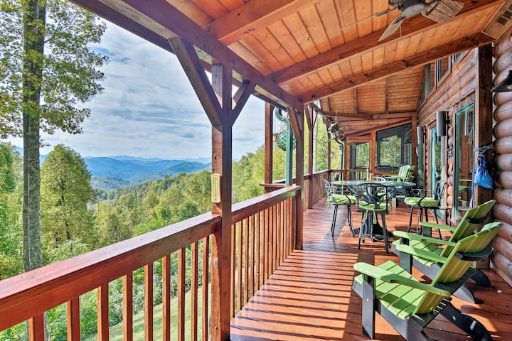 NEW! Cabin w/BBQ+Games, Walk to Blue Ridge Parkway