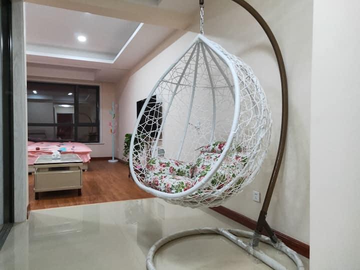 清辰家庭公寓浪漫一室,公寓附近临汾古城公园,廉政广场,超市商场电影院,银行