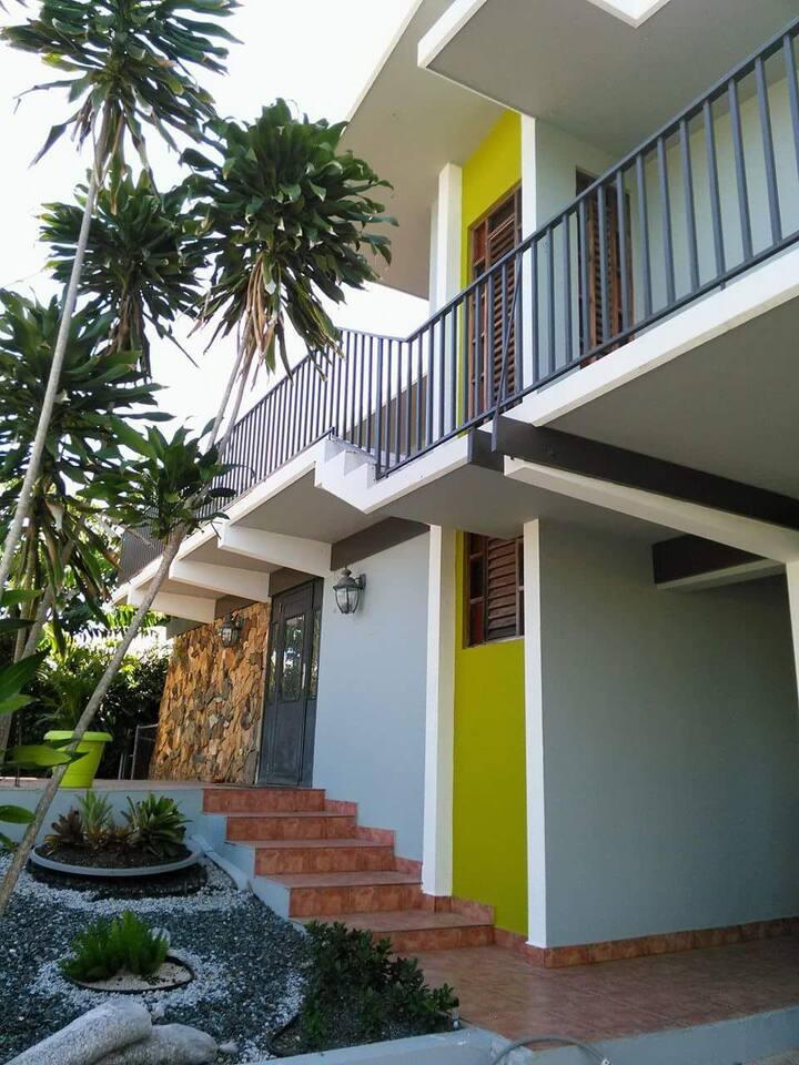 Navaida Guest House