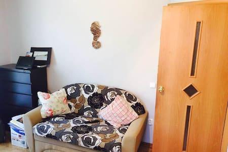 Уютная квартира на Черной Речке - Sankt-Peterburg - Lejlighed