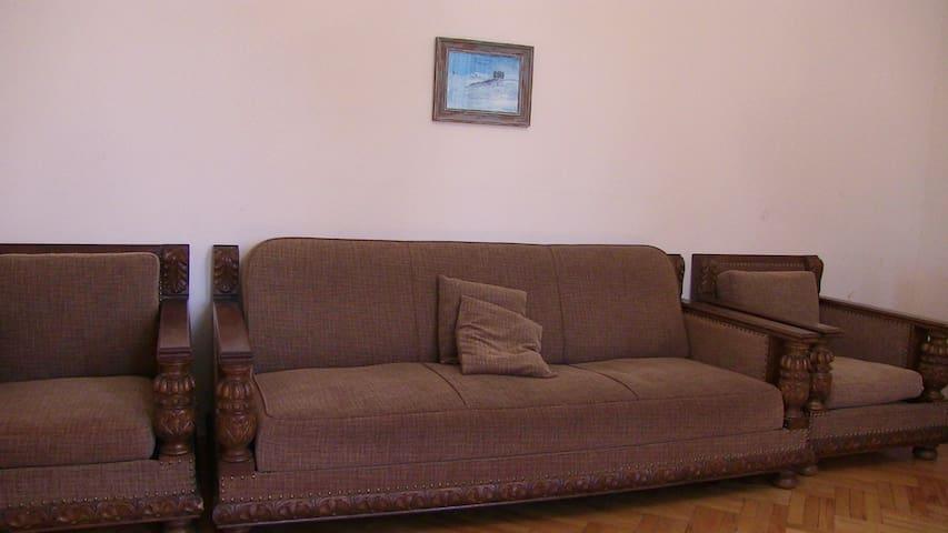 Sweet home - Tskneti - Talo