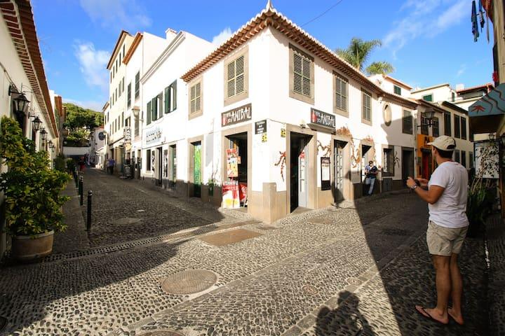 Casa Maria AL. WiFi. AC. Old Town