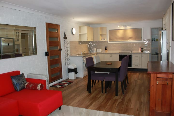 **Self contained** private modern flat