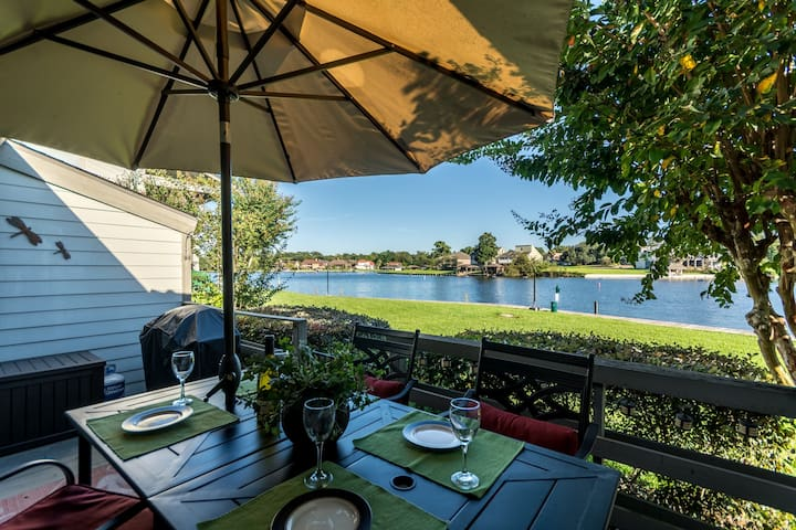 Breathtaking lake front condo on Lake Conroe - Montgomery - Departamento