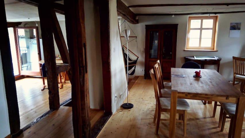 Gemütliches Wohnen im 300 Jahre alten Fachwerkhaus