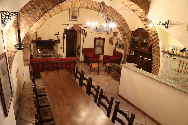 Una magica atmosfera nel centro di Narni - Narni - House