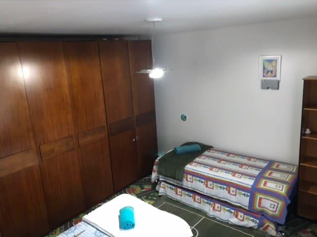 Suite 3 camas de solteiro