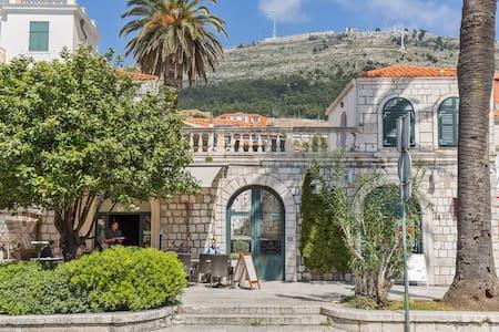 Apartment Pile Old Town Dubrovnik - ดูบรอฟนิก - อพาร์ทเมนท์